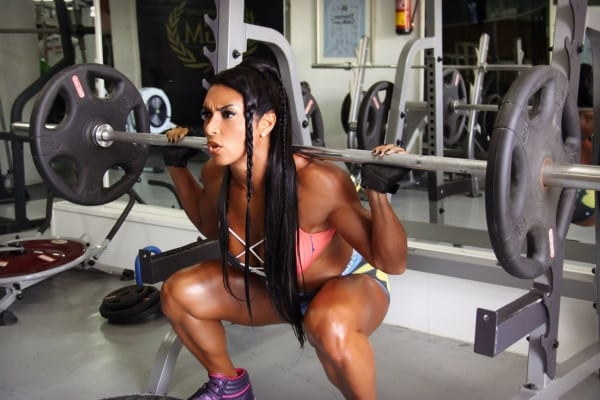 Cyberflexing.com Exclusive Interview With Brazilian Beauty And IFBB Pro Figure Athlete Gal Ferreira Yates
